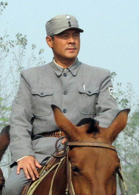视频:谁是感动好莱坞的中国军人 - 田金双 - 田金双的娱乐私塾