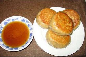 北京宫廷小吃:门钉肉饼 小肠陈