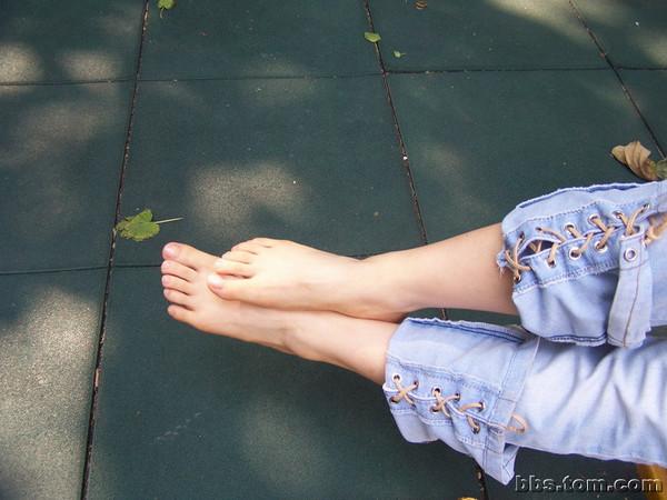 嫩嫩的美足。。。 - yingtaogu - 踏平富士山,让樱花不再烂漫。。。