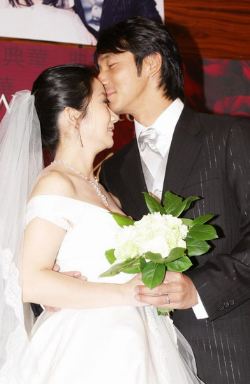 http://photocdn.sohu.com/20060131/Img227742649.jpg