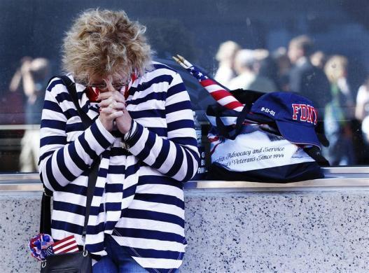 """美国""""9·11""""恐怖事件九周年祭,伤痛难平(组图) - 刻薄嘴 - 刻薄嘴的网易博客:看世界"""