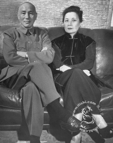 难的一见的蒋介石照片 - 寒烟