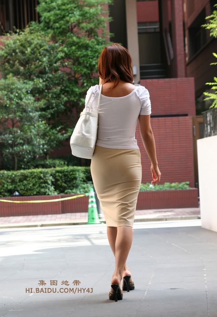 【转载】紧身长裙,尽显风姿 - wujunshu123 - wujunshu123的博客