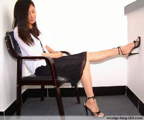 闲话红白黑 - 郑伟 -  写在学术边上