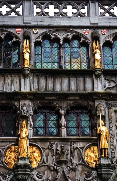 城市传说:布鲁日,耶稣受难时保留至今的血迹…… - 城市地理 - 《城市地理》官方博客