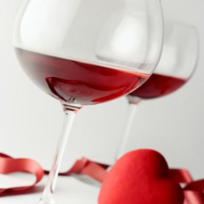 葡萄酒含有能有效去除角质的果酸成份