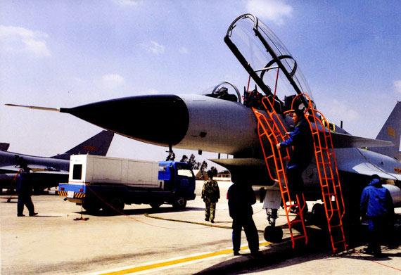 航空知识特稿:歼10具备世界三代半战机先进水平