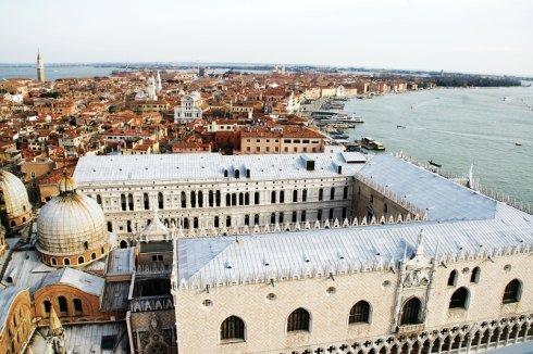 地中海之靴-威尼斯 第五天 2009-12-15  (下) - 长城过滤纸板之家 - 沈阳市长城过滤纸板员工之家