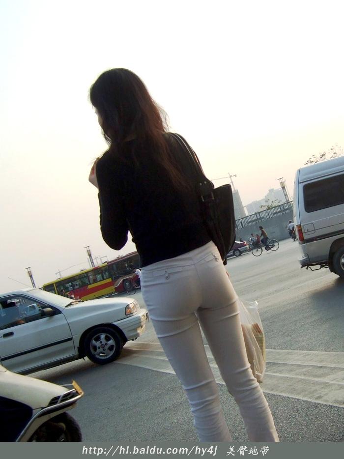【转载】夕阳下的灰裤美臀 - zhaogongming886 - 东方润泽的博客