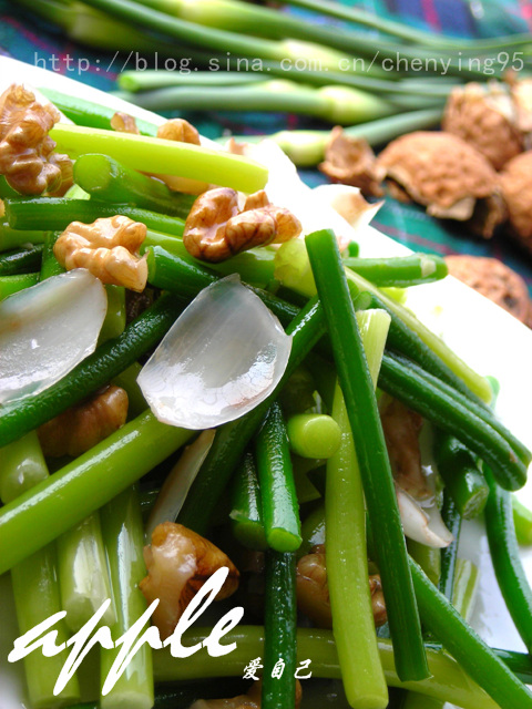 补脑也要趁早--核桃肉百合炒蒜苗(13道简单补脑饭菜) - 可可西里 - 可可西里