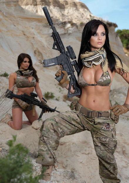 火辣《Hot Shots 2011》日历写真,美女钢枪比基尼(组图) - 刻薄嘴 - 刻薄嘴的网易博客:看世界