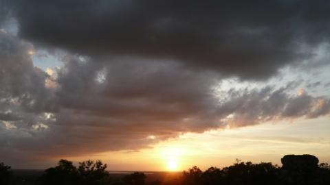 天地会合之处--看一场《日落》 - 明明 - 梁明明的blog—光影之河