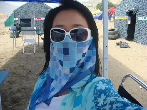 《超越极限》新疆拍摄花絮—蒙面对抗烈日灼人 - rain.911 - 颜丹晨的博客