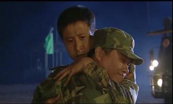 【原】《士兵突击》的拥抱 - 幸福九段 - 幸福九段的博客