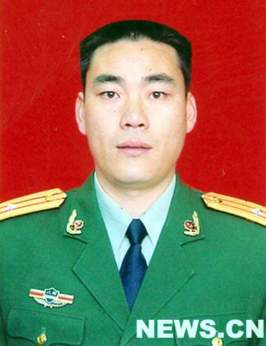 第十届 中国武警十大忠诚卫士 风采录图片