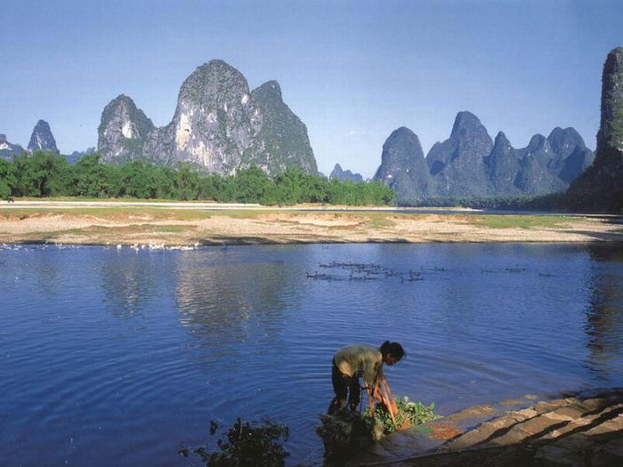 http://image.club.sohu.com/pic/1b/90/c473ba5d371f61cf80c087fe31d5901b.jpg