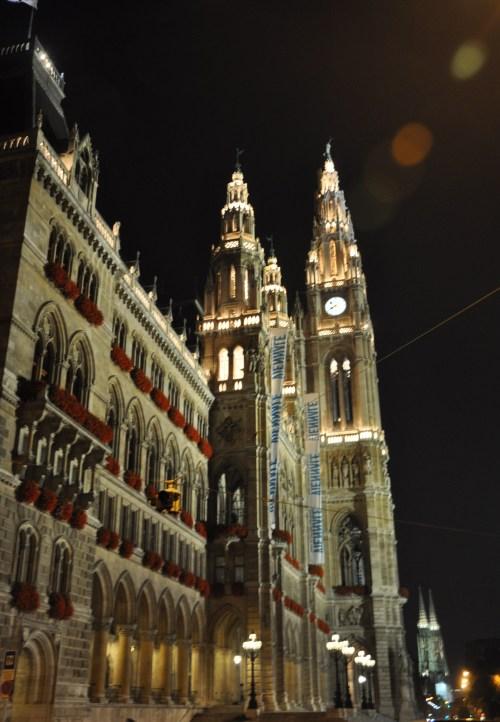 维也纳市政厅夜景(2009年10月21日摄) - 陶东风 - 陶东风