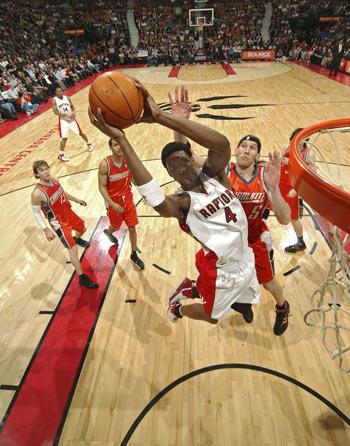 NBA东部每队球星图片