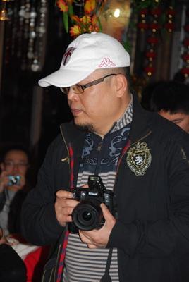 锦里:成都梦走族欢聚与电台直播 - 行走40国 - 行走40国的博客