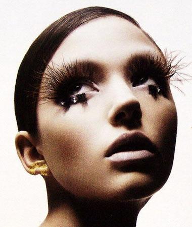 生活处处皆学问 滥用睫毛膏可导致眼睛失明
