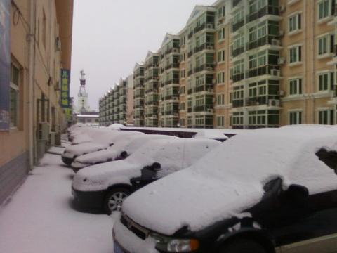 雪落无声 - 雪中雨人 - xuezhongyuren的博客