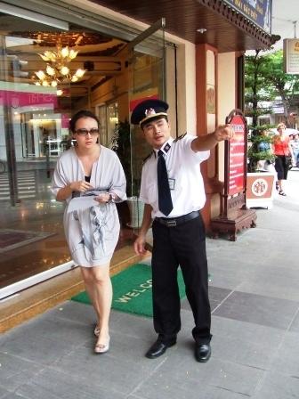 胡志明市-5/3 - 老虎闻玫瑰 - 老虎闻玫瑰的博客