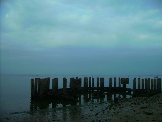 北海,一个海上废弃建筑物构成的美:未完成 - 杨克 - 杨克博客