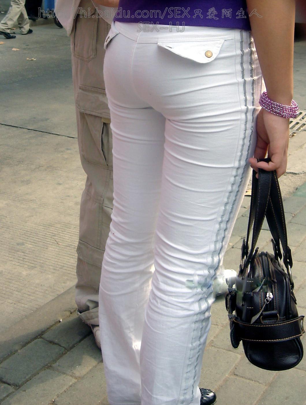 【转载】12/12:等公汽的白色紧身裤MM--11P - yt6265676 - 休闲吧