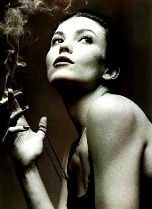 烟姿 - andiyaorao999 - 爱在瘟疫蔓延时