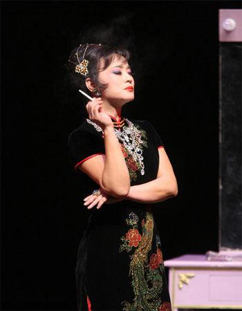 56岁刘晓庆扮风情舞女 姜文隔海送花 - 潇彧 - 潇彧咖啡-幸福咖啡