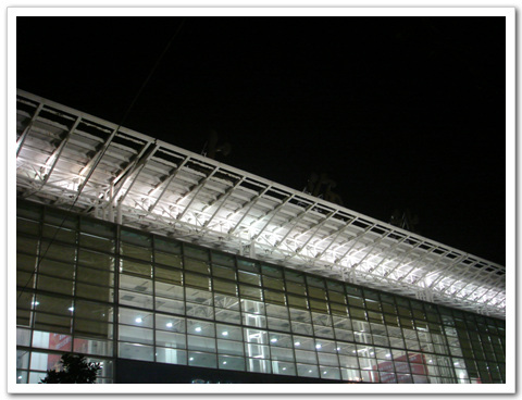 上海的凌晨 - kivo - 念情书◎優しい時間