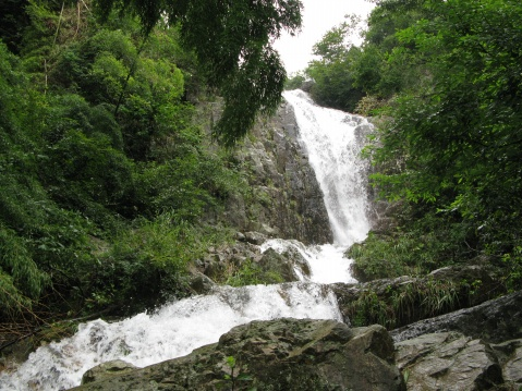 罗坑山瀑布(新昌的瀑布之一) - 江村一老头 - 江村一老头的茅草屋