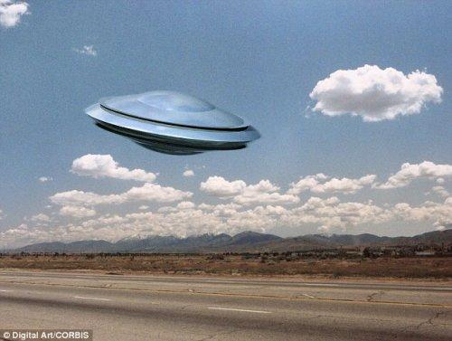 * 英少年和UFO 外星人见面(图) - 外星人给地球的忠告*2012年真的会发生 - UFO外星人不明飞行物和平天使2012