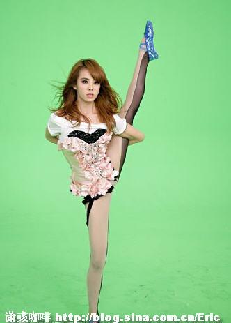蔡依林跳热舞致腿残(组图) - 潇彧 - 潇彧咖啡-幸福咖啡
