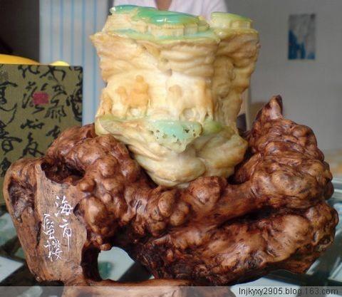 精美稀有的和田玉雕件 - 卓卓 - 卓 卓