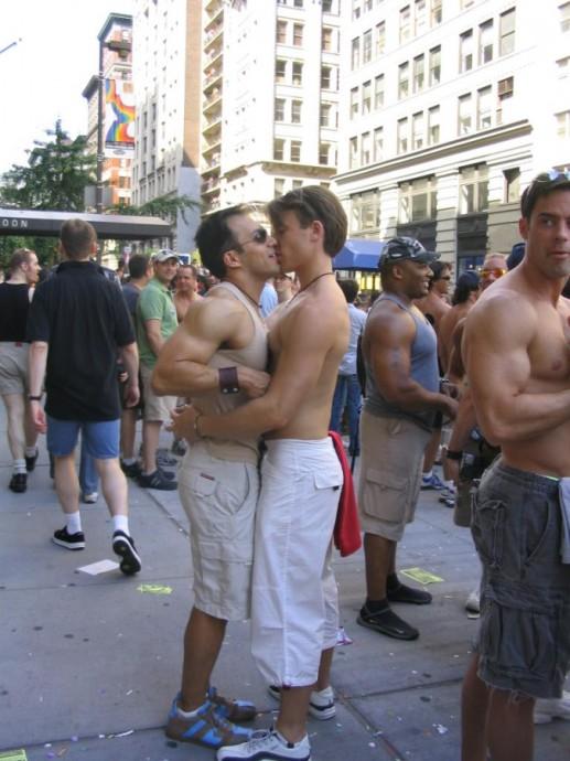 美国同性恋大游行 - 高娓娓 - 高看美国