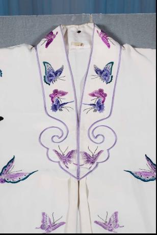 才子佳人的华丽变身:青春版《牡丹亭》的服饰设计   - 白先勇 - 白先勇青春版牡丹亭