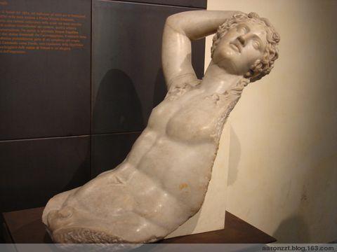 在罗马拍到的雕塑 - 昨夜星辰 - 昨夜星辰的博客