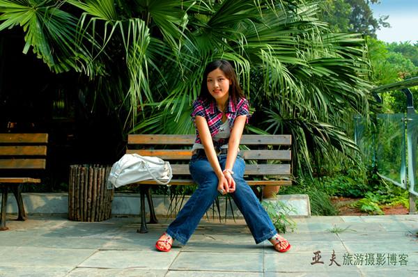 (原创)西模成都赛区季军张婧  之二 - 高山长风 - 亚夫旅游摄影博客