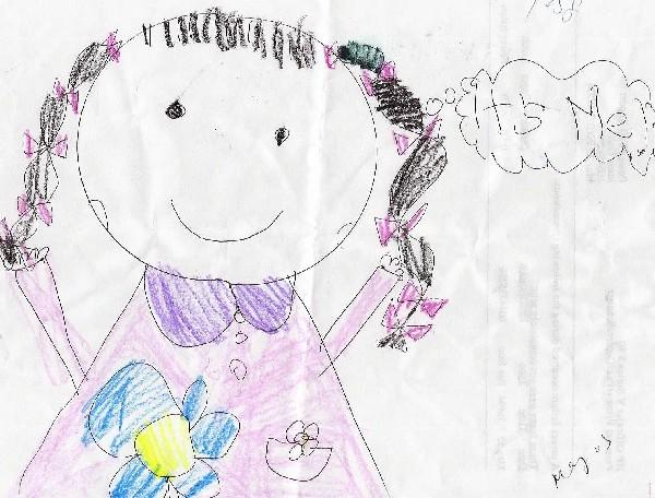 六岁时还没上画画课,但是她喜欢自己画,很多看过的人, 就说她有艺术天赋, 让偶别埋没了她,好象偶要不送她学画画, 偶就要成了罪人一样. 所以, 七岁一到,就送到老师那里去了, 她也没认真学, 就是一周去坐一次,涂涂画画的.    她画画是否有点进步. 在s
