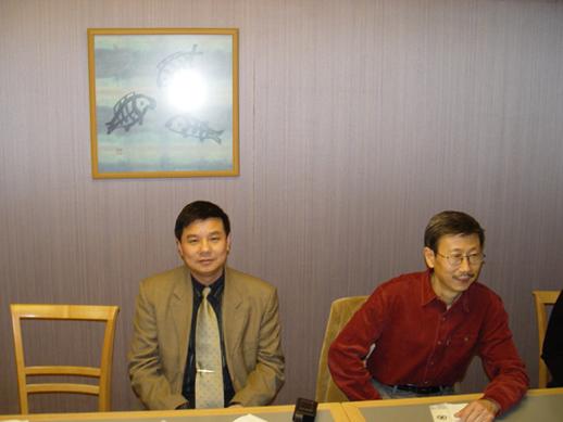 在东京大学演讲(三张是会场照片,两张是招待饭厅门外) - 杨克 - 杨克博客