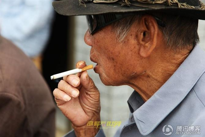 美玉村受益的长寿老人们 - 刚峰先生 - 天涯横呤