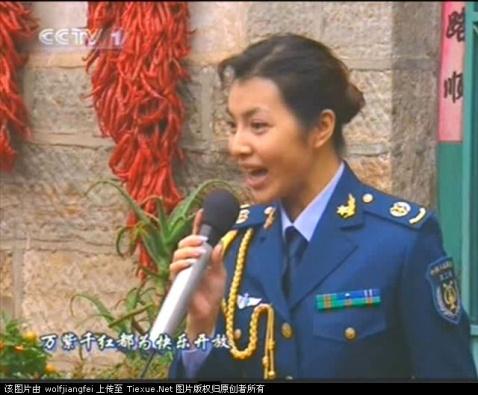 军中部分女明星07新军装照图片