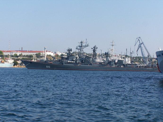 """俄罗斯最后的卡辛级驱逐舰——""""机灵""""号(810) -  - yofuze - 现在进行事 的博客"""