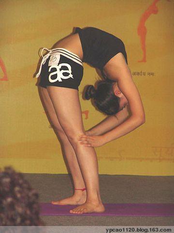 [原创]赞瑜伽教练(附体位图) - 云山(曾用名:鸿鹄) - 云山的博客