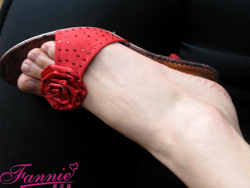 == 随拍。红 == - 喜欢光脚丫的夏天 - 喜欢光脚丫的夏天