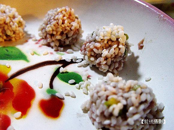 """■男人进厨房:学做""""珍珠丸子"""" - 前线 - 前线视界"""