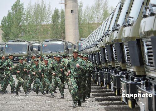 青藏公路通车55年:数十万官兵执勤770余人牺牲 - rszx - 容山中学官方博客