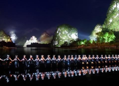 七律(原创).为梅儿《沱江是河,沱江是歌》留言诗 - 心灵流浪 - 心灵流浪的博客