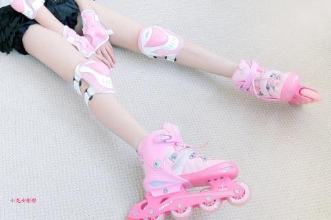 当公主爱上轮滑~小龙女彤彤 - 小龙女彤彤  - 童话公主